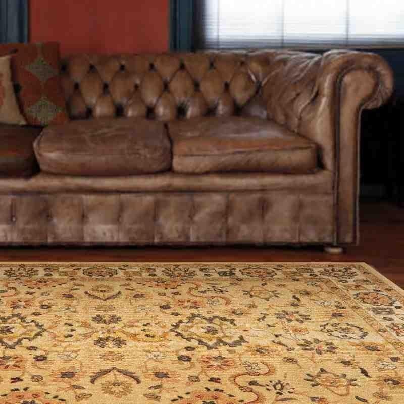 tappeto classico floreale Windsor WIN07 beige effetto antico